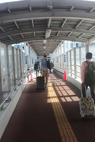 神戸-関空ベイ・シャトルでのCOMIN'KOBEへの行き方17